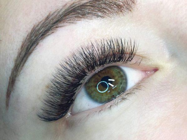 รูปร่างตาและการต่อขนตา–อะไรดีที่สุดสำหรับคุณ?