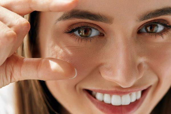 ความหลงใหลในพันปีกับการต่อขนตา