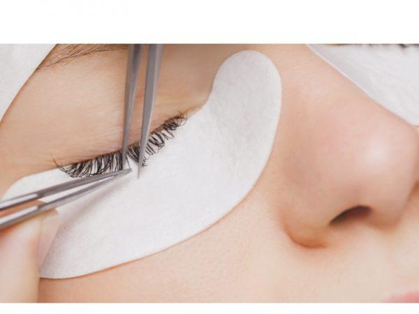 การต่อขนตาของคุณไม่ควรทำให้เกิดการติดเชื้อ
