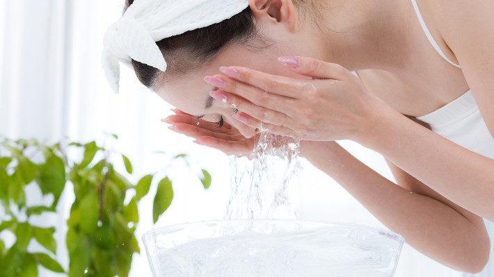 ขนตาสะอาดเป็นขนตาที่สุขภาพดีขึ้น!
