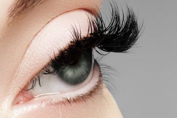 เพิ่มวงจรชีวิตการต่อขนตาของคุณให้สูงสุด