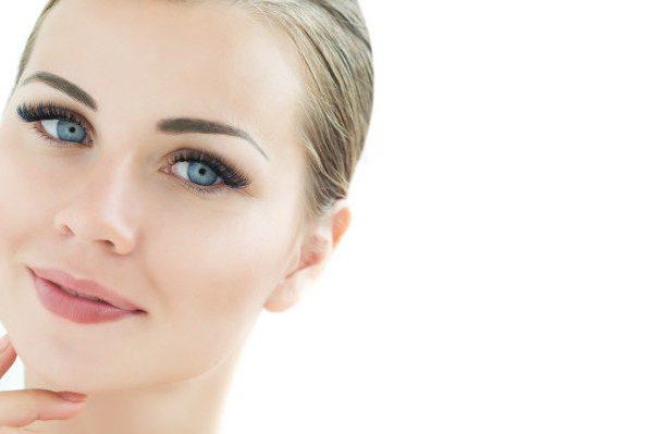 การดูแลหลังต่อขนตา: ง่ายกว่าที่คุณคิด